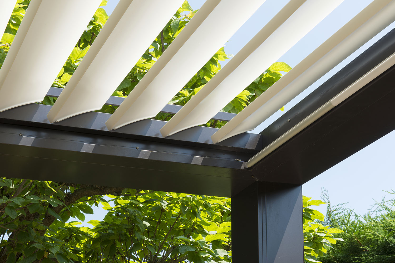 brise soleil orientable horizontal ou vertical bois ou. Black Bedroom Furniture Sets. Home Design Ideas
