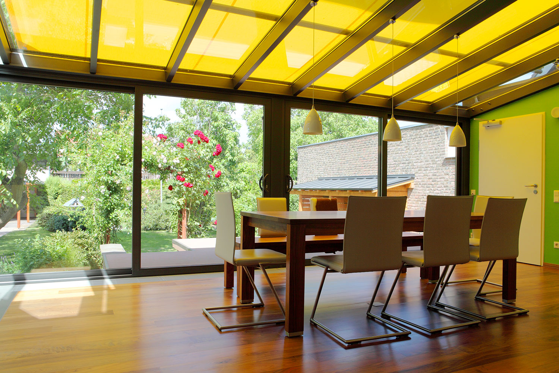 Store de veranda sur mesure stop l effet de serre dans for Store de veranda exterieur